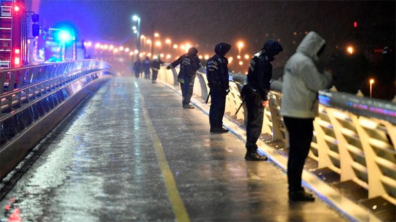 Siete fallecidos y 21 desaparecidos al hundirse un barco en Budapest