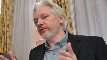 Cristina Kirchner criticó la detención de Julián Assange