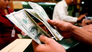 El dólar volvió a subir: Escaló 53 centavos y el Central intervino para frenarlo