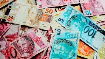 Efecto Yuan: Las monedas emergentes sufren su peor caída en tres años