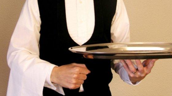 Gastronómicos acordaron suba salarial del 28% para este año y otro 15% por 2018