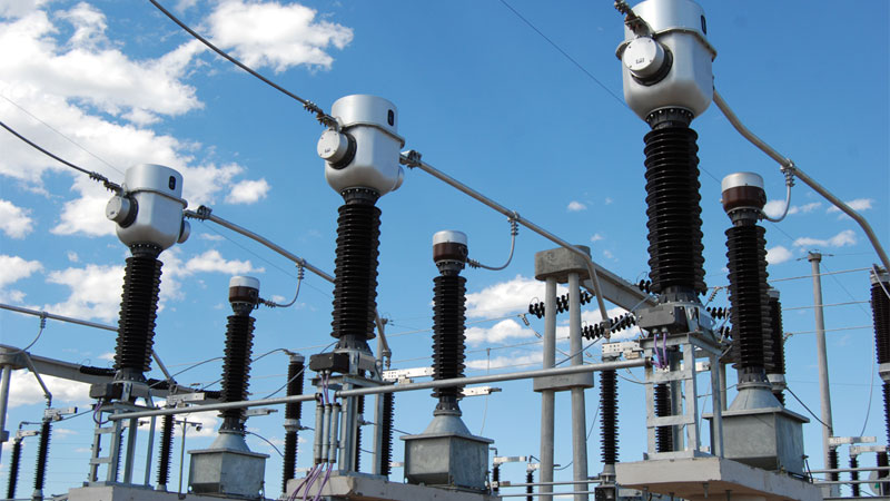 La demanda de energía eléctrica a nivel nacional cayó 8,6% en abril