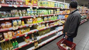 La inflación no cede y el gobierno evalúa cambiar de plan