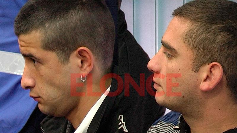 Fernández, a la izquierda, junto al otro acusado