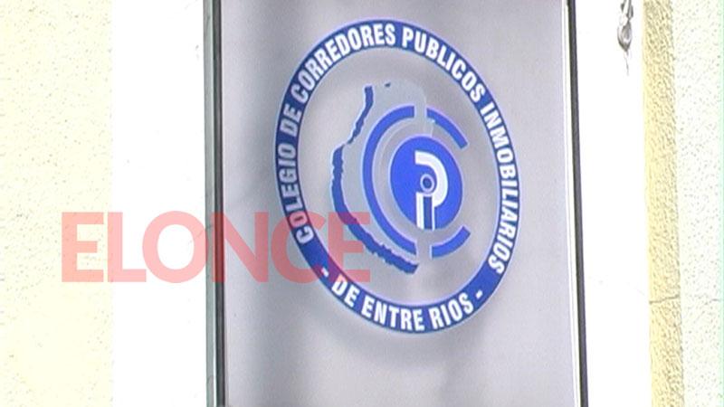 Empresas inmobiliarias marchan a Olivos en rechazo de la Ley de Alquileres