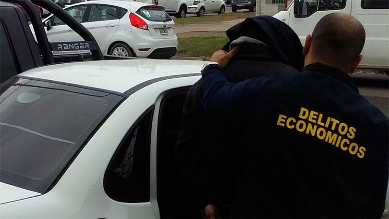 Robaron 100.000 dólares a una mujer en el centro de Paraná