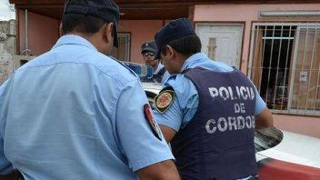 Delincuentes en moto balearon a otro policía durante un robo: Hay un detenido