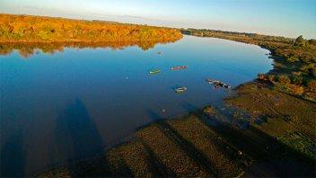 Pescadores están preocupados por la merma de especies en el río Uruguay