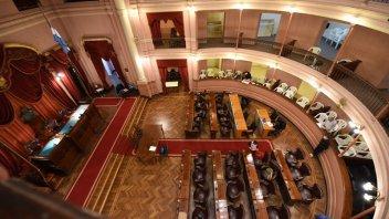 Se prorroga el período legislativo en la Cámara de Diputados