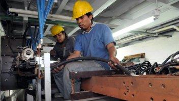 Diputado solicita medidas en defensa de la industria entrerriana y el empleo