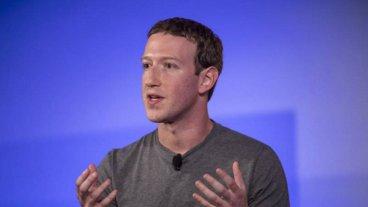 Escándalo de Facebook: El parlamento británico pide explicaciones a Zuckerberg