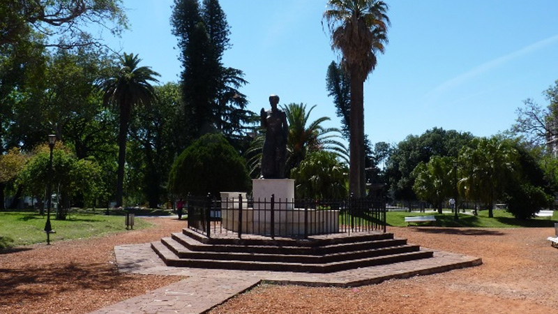 La plaza Alvear será escenario de alguna de las actividades