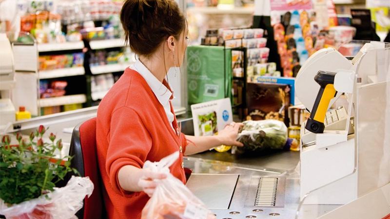 Empleados de Comercio piden subas mensualizadas