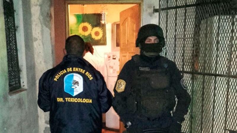 El policía investigado se desempeña en Toxicología