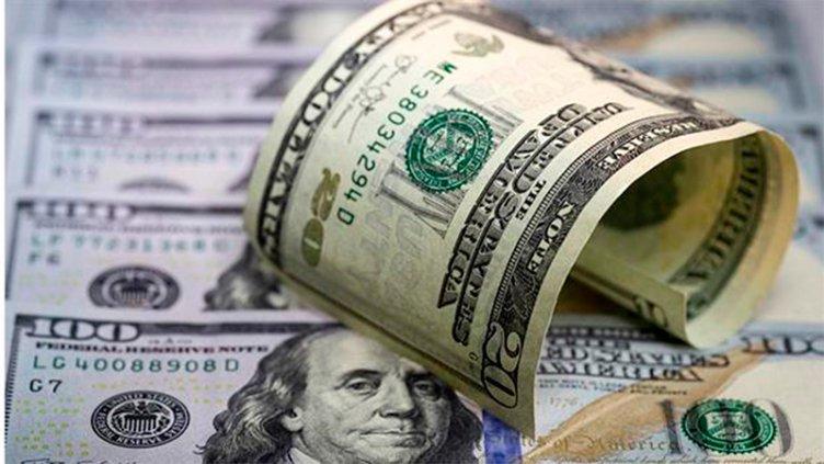 El dólar acumuló en la semana una suba de 29 centavos