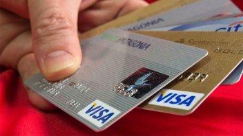 En enero bajaron los aranceles que pagan los comercios a las tarjetas