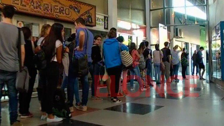 Irán a la Justicia por la prestación del servicio de transporte Paraná-Santa Fe