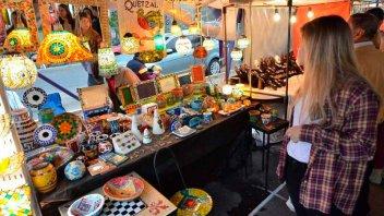 Entregarán carnés de identificación para artesanos y emprendedores