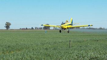 Proponen prohibir el uso de agrotóxicos en toda la provincia