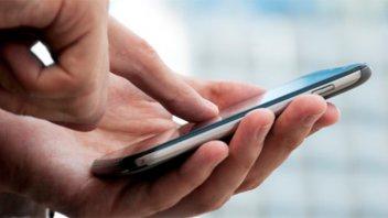 Telefónicas aplicarán el tercer aumento a los celulares antes de fin de año