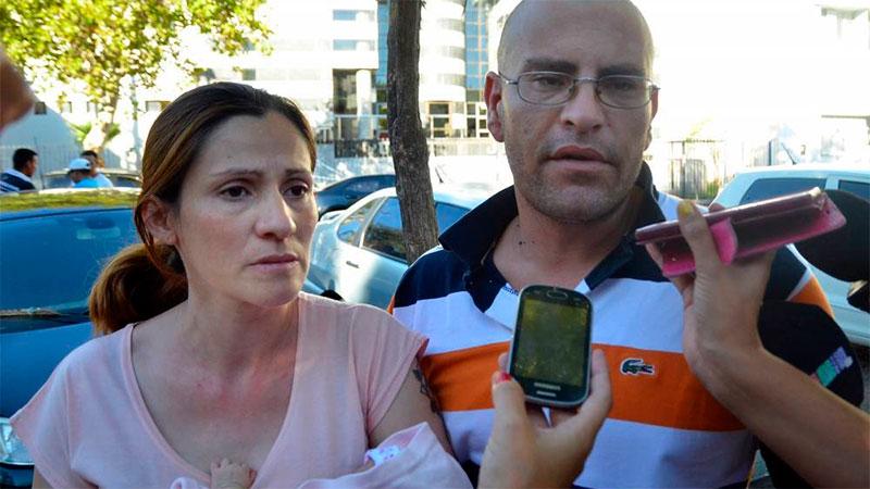 Lucas Gómez y Carina, cuando afirmaban que estaban buscando a la niña
