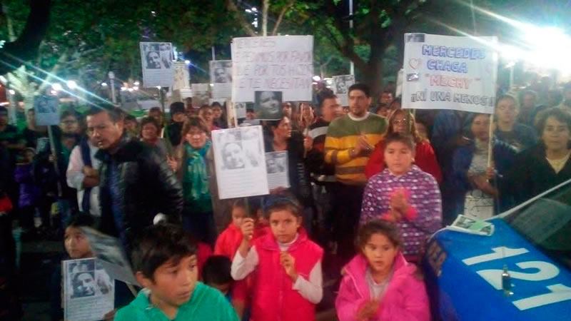 Familiares de Mercedes Chagas se manifestaron frente a la Jefatura policial