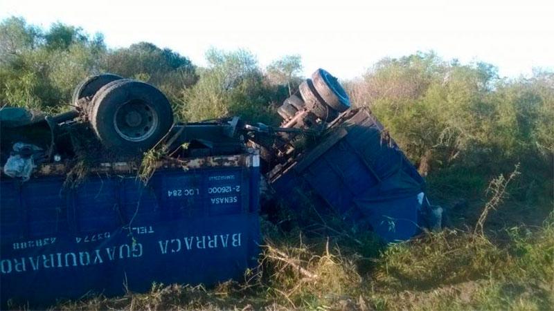 Volcó un camión sobre Ruta 1 en el norte entrerriano