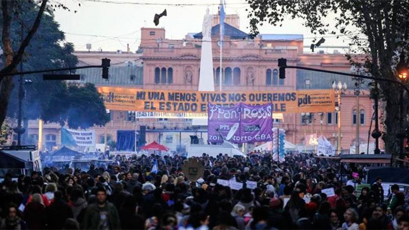 Marcharon en Carlos Paz para reclamar la legalización del aborto
