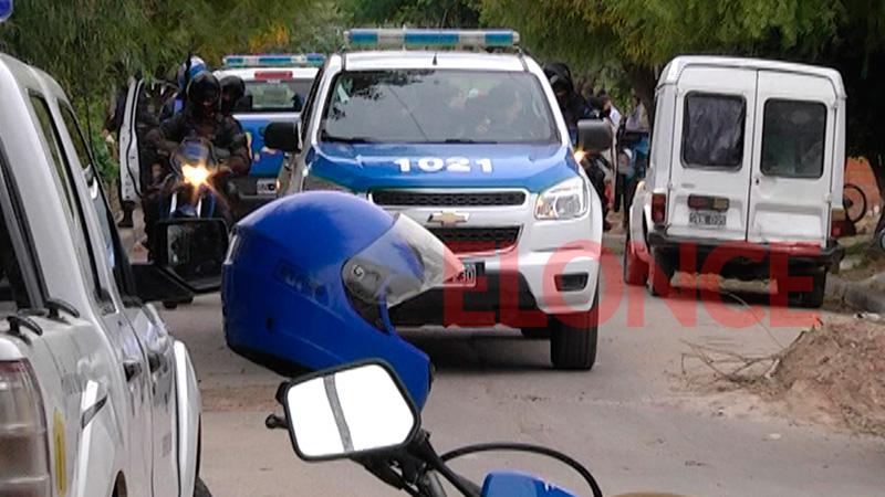 Sigue grave el policía baleado por vecino que lo confundió con un ladrón