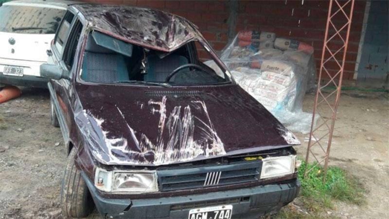 Así quedó el Fiat Uno tras el vuelco