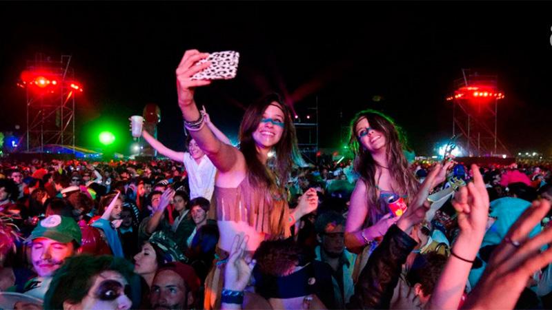 Paraná se prepara para la 20º edición de la Fiesta de Disfraces que  congrega a miles de personas en la capital entrerriana. Los organizadores de  la FDD ya ... 1ff64a81783