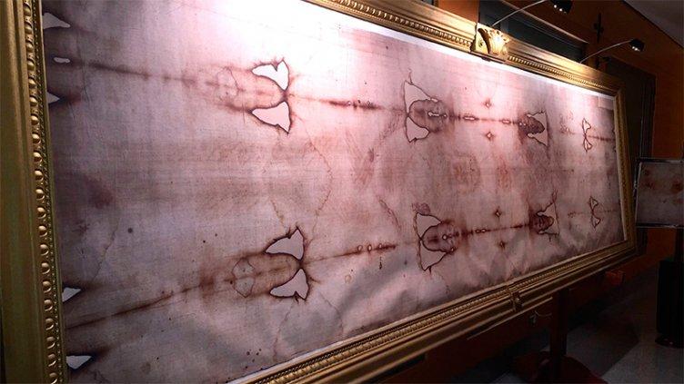 Nuevo estudio afirma que el Santo Sudario es falso y lo pintaron con un pincel