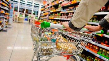 El INDEC difundirá mañana la inflación de junio que estaría cerca del 4%