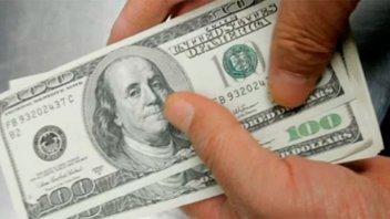 El dólar cierra la semana con fuerte suba: en Paraná llegó a 19,40 pesos
