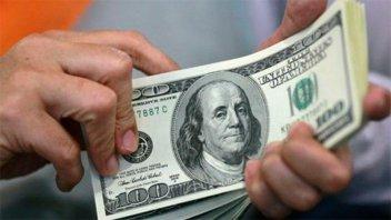 El dólar cedió 21 centavos y cerró a $46,48: La tasa de Leliq ya superó el 62%