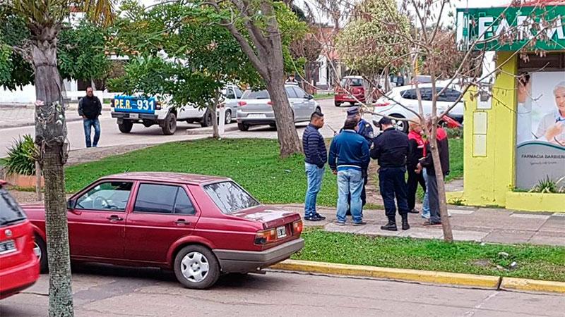 Denunció que le robaron el auto y lo había dejado en la casa