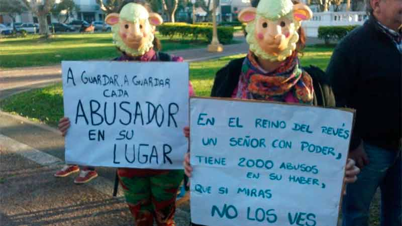 Vecinos de Gualeguaychú se manifestaron contra el abogado investigado por abusos