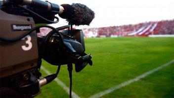 Presentarán amparos para pedir la continuidad del fútbol gratuito