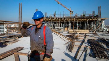 Sin cláusula gatillo: El gobierno no habilitará nuevas subas salariales este año