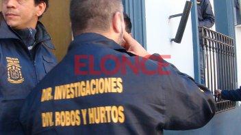 Detuvieron a un hombre y una mujer, secuestran armas y droga