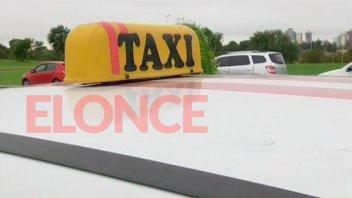 Suspenden por seis meses la autorización de transferencias de licencias de taxis
