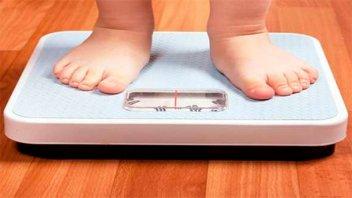 Charla en el Hospital De la Baxada para prevenir la obesidad infantil