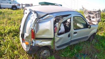 Se durmió al volante, volcó y padeció graves lesiones