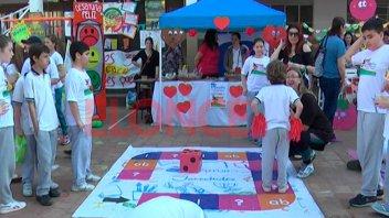 Festejos por el Día de la Primavera y del Estudiante en escuelas de Paraná