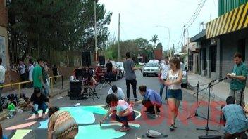 Alumnos realizaron pintada en la calle por la Noche de los Lápices