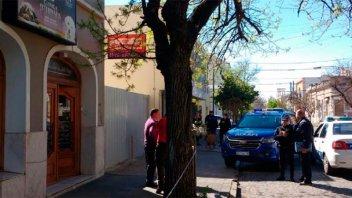 Veterinario mató a presunto ladrón en supuesto robo y los vecinos lo aplaudieron