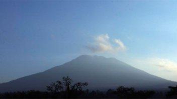 Indonesia: Hay más de 42.000 evacuados por riesgo de erupción de un volcán