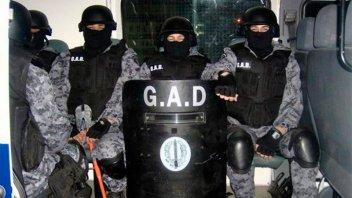 Escándalo: Robaron un arsenal de la Policía Bonaerense en La Plata
