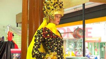 Brillos y colores para resaltar en la Fiesta de Disfraces