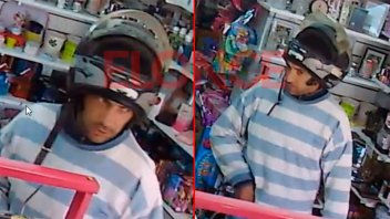 Escracharon a ladrón que asaltó una tienda de Paraná